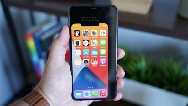 5.4寸iPhone 12机身到底有多大?新画面显示单手持握无压力